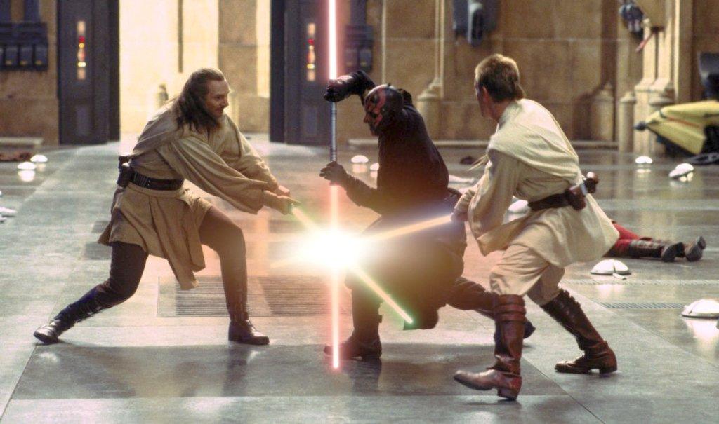 star-wars-episode-i-light-saber-fight-375301009b29443d