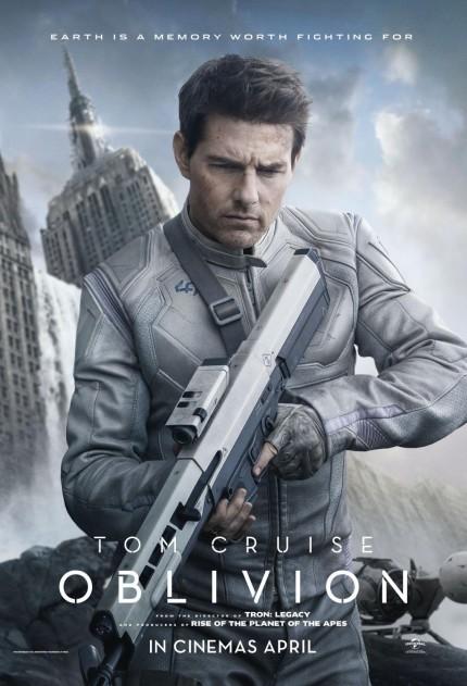 oblivion-tom-cruise-poster
