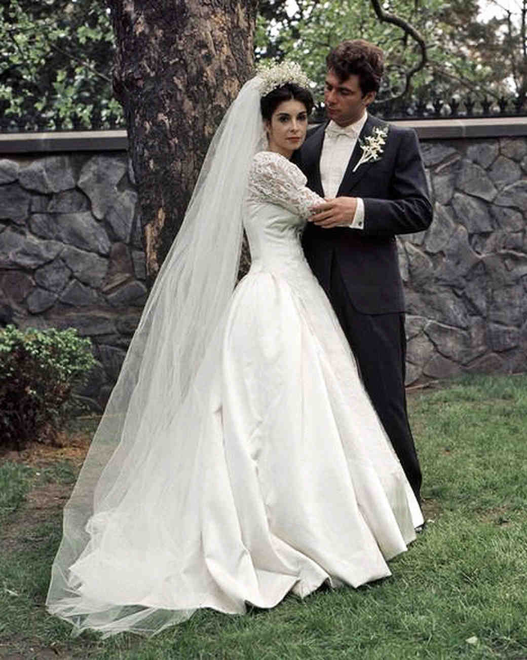 movie-wedding-dresses-the-godfather-talia-shire-0516_vert