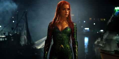 Amber-Heard-as-Mera-in-green-suit-in-Aquaman