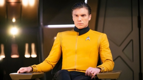 first-look-at-anson-mount-as-captain-pike-in-star-trek-discovery-social